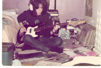 Learning the bass line to a Mott The Hoople track on a borrowed instrument – my bedroom, circa 1974-75.